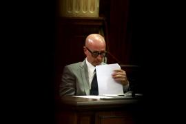 El PP expedienta otra vez a Pastor por votar por su cuenta en el Parlament