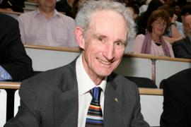 Fallece el científico Robert May, padre de la famosa teoría del caos