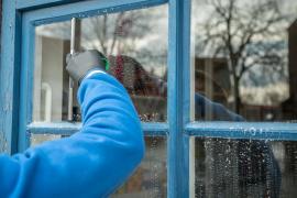 Las empleadas del hogar podrán pedir el subsidio extraordinario