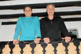 Jesús Martínez y Antoni Gomila: «En cualquier matanza, la 'madona' es quien dirige»