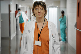 Gemma Rialp, doctora: «Un paciente normal estaría seis días de media en la UCI, con la COVID, entre 14 y 21»