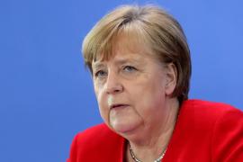 Merkel delega la responsabilidad de la desescalada en Alemania en los estados