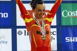 Leire Olaberría  logra el bronce en omnium