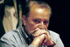 Julio Anguita, en estado crítico por una parada cardiorrespiratoria