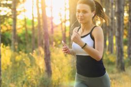 Que salir a correr no acabe en un susto: seis consejos para evitar atropellos si practicas running