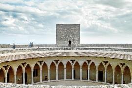 Las bibliotecas de Palma, el Castell de Bellver y Can Balaguer reabren el martes