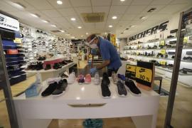 Reabren el 80 % de los comercios de Palma, según Pimeco