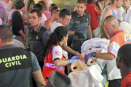 El conductor de un todoterreno atropella a cinco jóvenes en Punta Ballena y se da a la fuga
