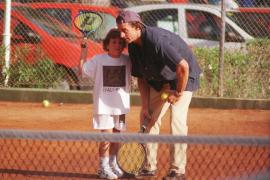 Alex Lequio, con su padre en Mallorca