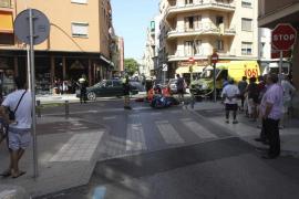 Un motorista fallece en Palma al ser embestido por un coche que se saltó un stop