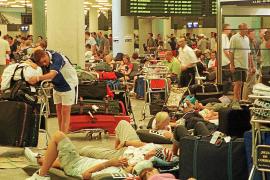 Las huelgas de hostelería y transportes afectarán a más de 500.000 turistas en la Isla