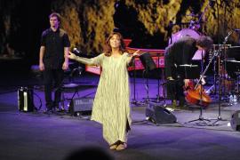 ecital de Maria del Mar Bonet.