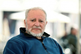 Julio Anguita sigue en estado crítico
