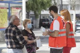 El uso de mascarillas sigue sin ser obligatorio en espacios públicos