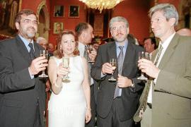 El Constitucional 'blinda' la ley de Consells doce años después de que la impugnara Aznar
