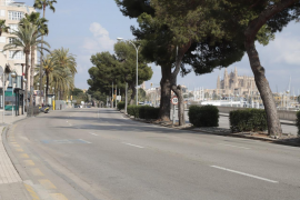 Un carril del Paseo Marítimo se destinará a peatones y terrazas