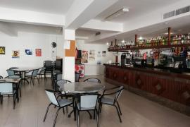 Caos en los pueblos pequeños de Mallorca por la orden que permite abrir el interior de los bares
