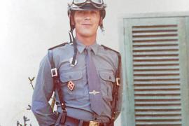 La Guardia Civil recuerda a un agente muerto por el virus