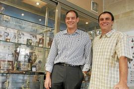 Dos leyendas de la natación mallorquina, al servicio de la lucha contra el virus en Castilla y León
