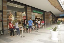 Vuelven las compras en los centros comerciales en la fase 2