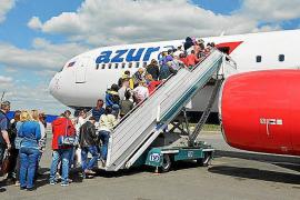 El Gobierno ruso recomienda a sus ciudadanos que no viajen al extranjero este verano