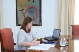 Armengol insiste en abrir Baleares al turismo internacional a mediados de junio