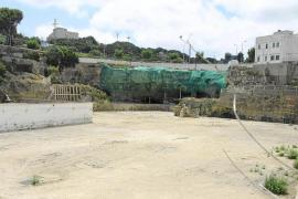 MenorcaSolar depositos CLHCala FigueraPuerto Mahon Port Mao