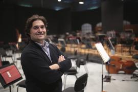 Pablo Mielgo renueva tres años más como director de la Orquesta Sinfónica de Baleares
