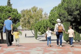 El Govern balear propone permisos retribuidos a los padres en el plan de conciliación
