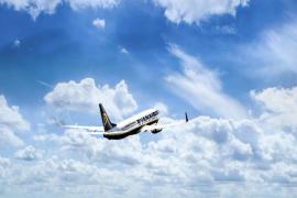 Ryanair plantea el despido de 250 pilotos y un recorte salarial del 20% durante 5 años