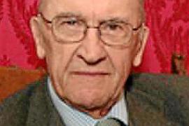 Fallece a los 96 años el historiador donostiarra Miguel Artola