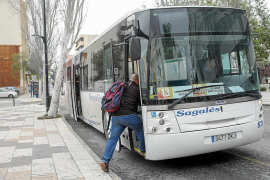 El pleno insular aprueba el plan de transporte de viajeros por carretera