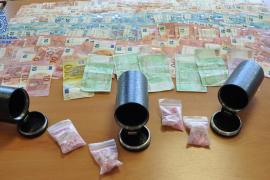 Piden cinco años de cárcel por lanzarse al mar con 10.000 pastillas de éxtasis