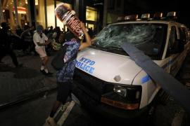Los enfrentamientos entre policía y manifestantes se extienden por todo Estados Unidos
