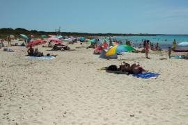Domingo con playas llenas pero seguras