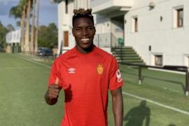 El ghanés Lumor, baja en el primer entreno del Mallorca sin limitación de grupos