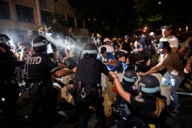 Al menos 345 detenidos y 33 policías heridos por las protestas en Nueva York por la muerte de George Floyd