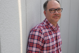 Joan Pons Bover: «La literatura es una manera que tenemos de imaginar qué sienten los muertos»