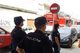 Detenido un pirómano en Palma cuando prendía fuego a un contenedor al grito de «puta España»