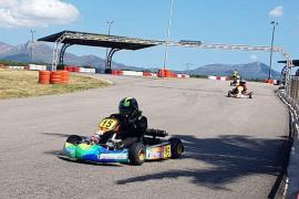El karting hace rugir los motores tras el confinamiento
