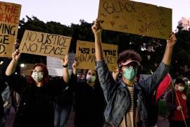 'Blackout Tuesday': Pantallas en negro y apagón musical en honor a George Floyd