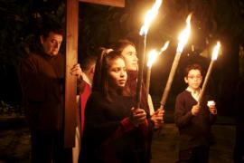 Via Crucis en el Año Sacerdotal en la parroquia de Santa Catalina Thomàs