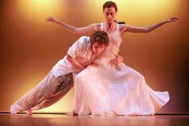 Una quincena de compañías baleares se «reencuentran» en la Gala de Dansa