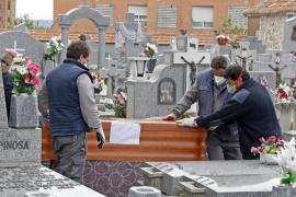 El INE recoge 44.000 muertes más de las esperadas en 2020 en España