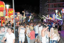 La incógnita del verano en Magaluf: Ofrecen paquetes de fiesta y 'todo incluido' por 100 euros