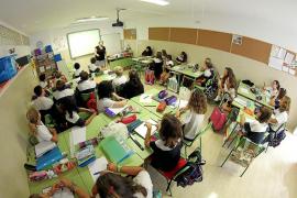 Educació apuesta por las clases presenciales el próximo curso