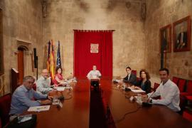 El Govern pide a Madrid que cambie el planteamiento de los ERTE para activar el turismo