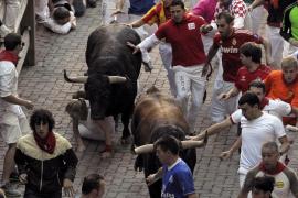 Unos veloces toros de Victoriano del Río  protagonizan el sexto encierro de los Sanfermines