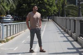 El baloncestista Roberto Mena narra su confinamiento en Sassari