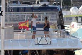 El nuevo catamarán de Rafa Nadal llega a Porto Cristo
